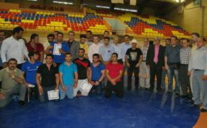 16 کشتیگیر برتر لرستان برای شرکت در مسابقات قهرمانی کشور مشخص شدند
